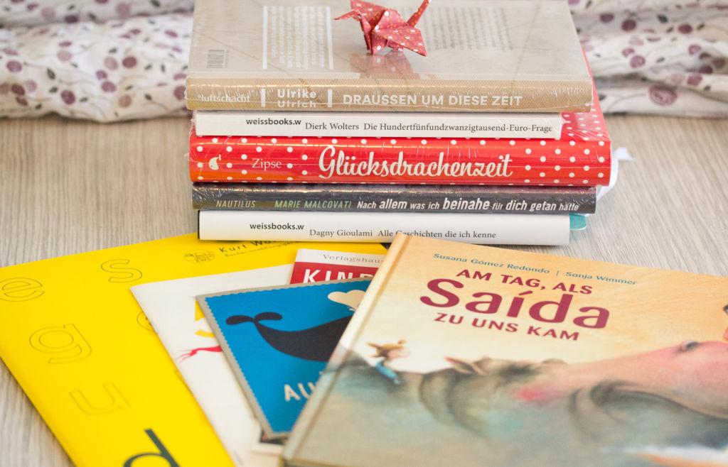 Bücherausbeute der Buchmacher-Messe in Lübeck